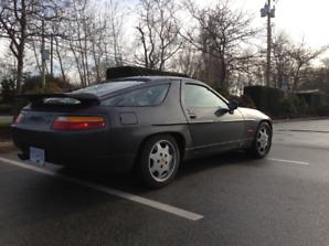 1989 Porsche 928 S4.   $18,000