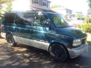 1997 GMC Safari Grey Minivan, Van