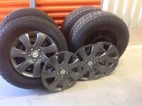 4 pneus d'hiver Artic Claw 23570R16