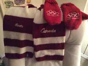 2002 Team Canada Leather/melton coat small Windsor Region Ontario image 2
