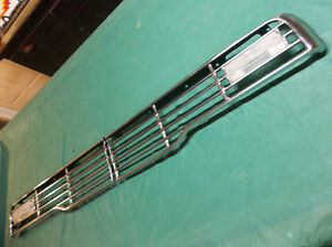 1957 Ford grille  .......  super-nice original