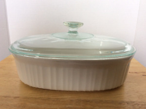 CorningWare French White Stoneware 2.5 quart oval baking dish