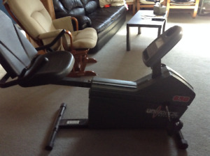 Bicycle exercice stationnaire... Exercise bike