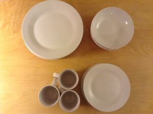 Dish set $15/OBO Moose Jaw Regina Area image 2