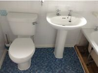 Bathroom suite job lot