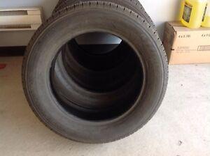 4 pneus toutes saison Firestone 215/60/R17