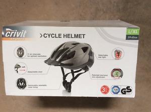 CYCLE HELMET   NEW size L/XL  59-65 cm