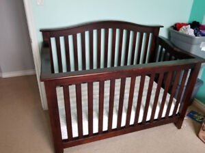 Brown wood crib and twin bed conversion set