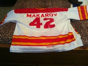 Calgary flames autographed jersey