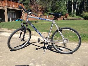 Marin Bolinas Ridge bike