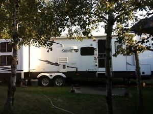2012 32 ft. Travel trailer Palomino by Sabre