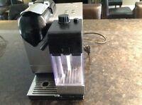 Machine à café Nespresso delanghi