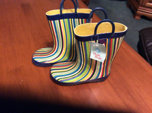 Toddler size 9/10 Brand New Rubber Boots.