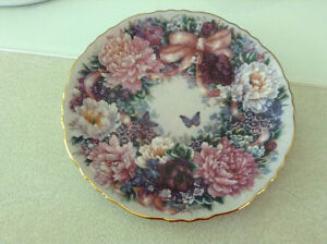 "Collector Plate ""Circle of Love"" Bradford Exchange"