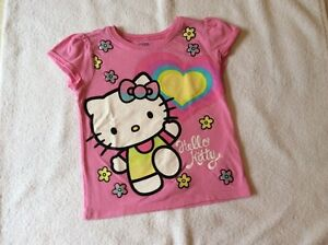 Chandails hello kitty 4 ans