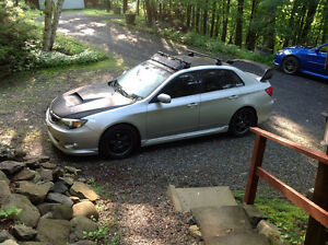 2009 Subaru WRX stage II (300 hp) + look sti Berline
