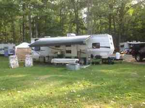 2007 Forest River Cherokee 31B Travel Trailer