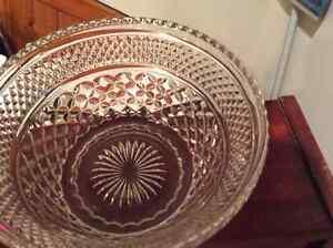 Depression Glass Punch Bowl w/ 18 cups Kitchener / Waterloo Kitchener Area image 2