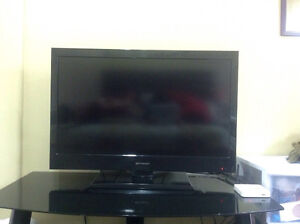 "Emerson tv 28"" &entertainment unit"