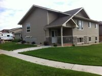 House for sale  CAMROSE [private sale] 380,000$