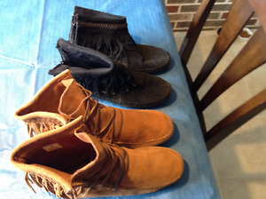 Spring Clean- Women's Low Boots Good Condition $25 Takes All!!