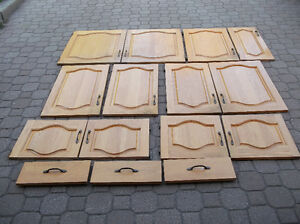 Doors/Portes for kitchen cabinets  real wood. tel.514-996-92