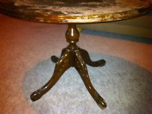 Solid wood table London Ontario image 2