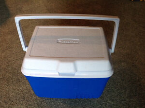 Brand New...COOLER...by RUBBERMAID