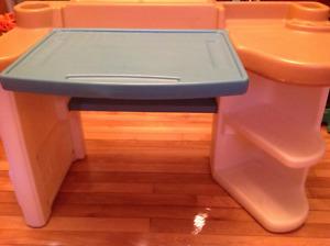 Step 2 art table kids children desk