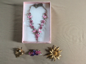 Lovely pink necklace and 3 broaches for sale