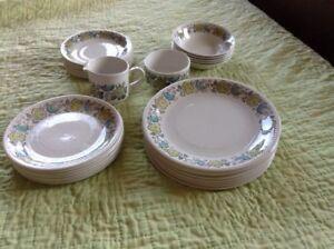 Kathie winkle carnaby dinnerware (vintage)