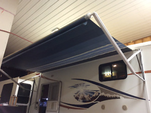 """16' POWER AWNING WITH WIND SENSOR"""