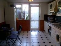 2 Double rooms to rent in a shared 3 bed house