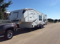 2009 36 ft.Fuzion 302 Fifth Wheel Touring Edition