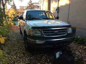 2003 Ford F-150 Pickup Truck  Parting   Out