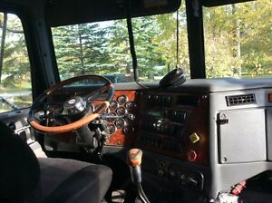 2006 Western star Lowmax Kawartha Lakes Peterborough Area image 3