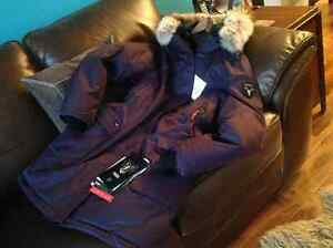 NOBIS The Abby Parka for sale ALL TAGS ATTACHED Edmonton Edmonton Area image 3