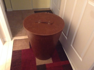 Leather clothes hamper