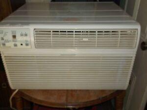 frigidare 10000 btu window air conditioner excellent condition