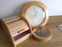 Wooden kitchen set £10