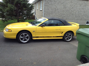 1994 Ford Mustang GT Autre