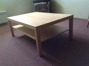 Table basse (collection LACK de Ikea)