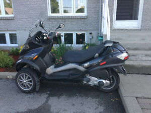 Scooter Piaggio mp3 250
