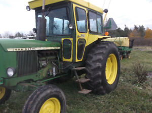 John Deere 2130 Tractor with Cab