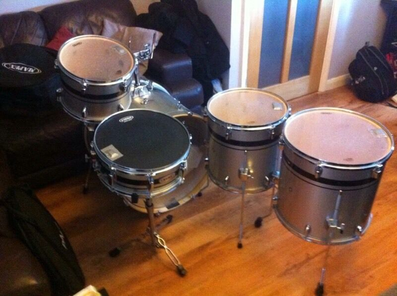 NEED GONE ASAP; mapex vx limited edition