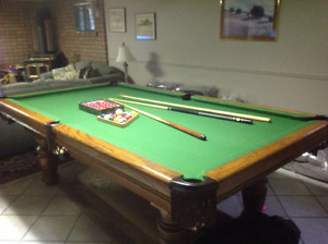Pool Table Solid Oak, Mint Condition
