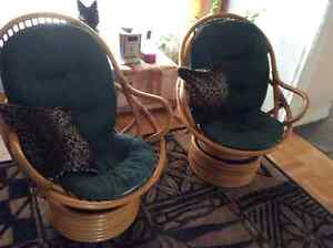 Bamboo Swivel Chairs West Island Greater Montréal image 1