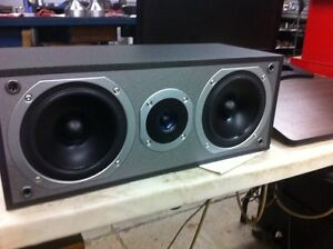 Mint Cerwin Vega Speakers. Center channel with matching towers.  Kitchener / Waterloo Kitchener Area image 2
