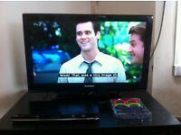 "32"" 3d led hd tv+four pair of original 3d glasses+black DVD player"