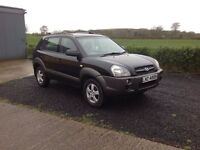 2006 Hyundai Tucson 2.0 gsi full mot black over grey low miles 70.000
